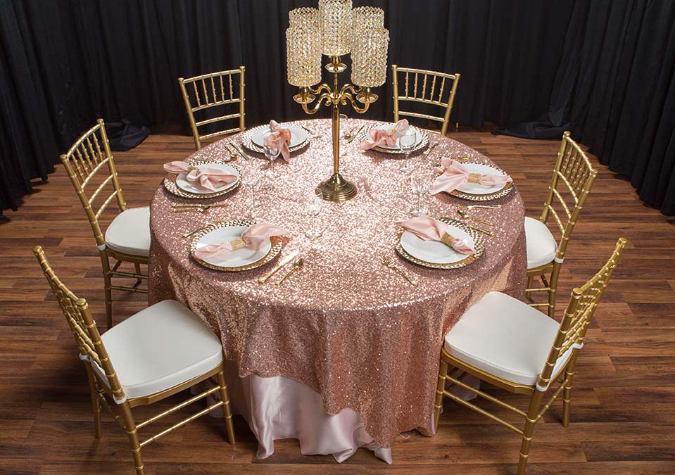 3 Reasons to Choose Chiavari Chairs for Your Wedding Rentals